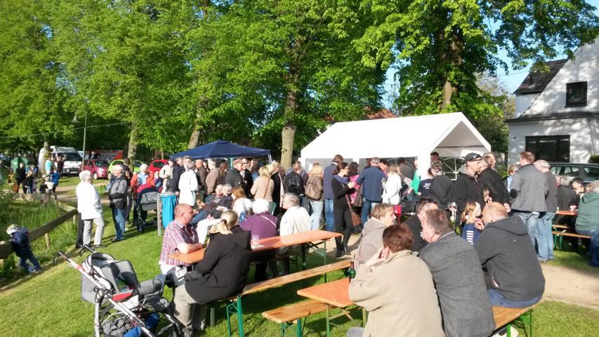 Dorfplatzfest-2014-3.JPG