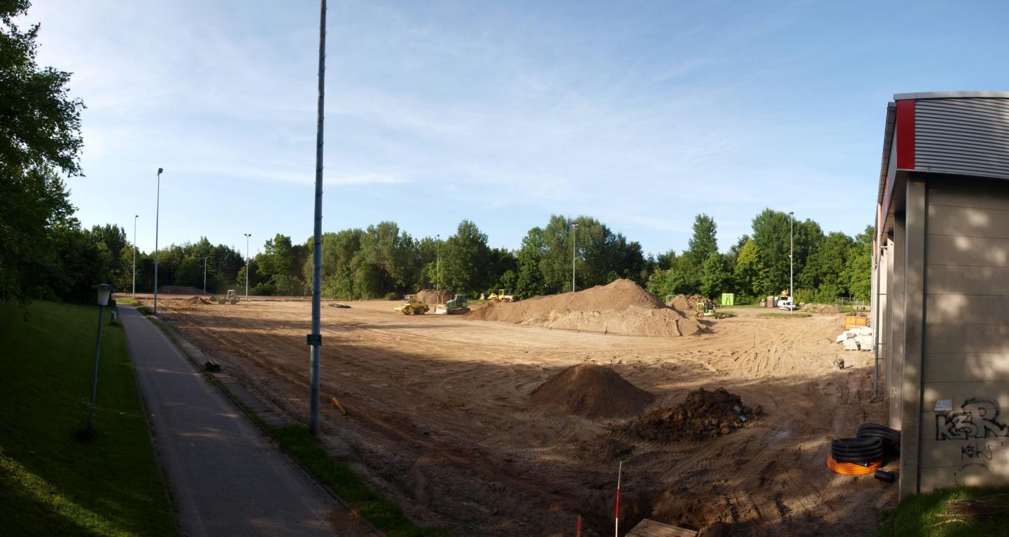 Kunstrasenplatz_Bau_13.JPG