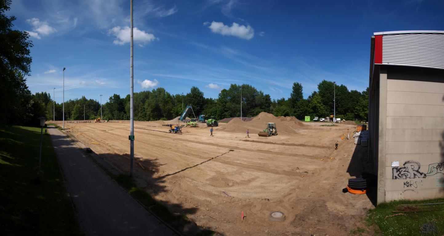 Kunstrasenplatz_Bau_18.JPG
